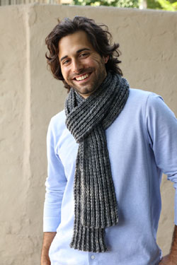 Reversible gray scarf knitting pattern from Plymouthyarn.com